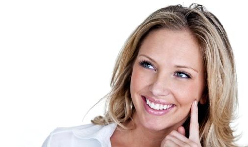 fogkoszedes-feher-fogak